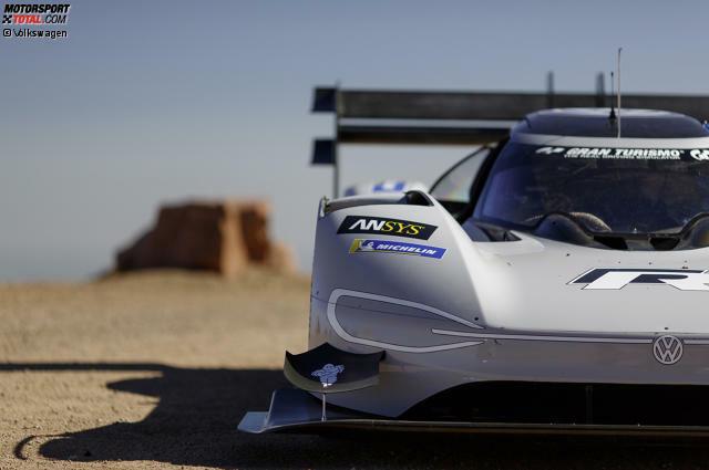 Volkswagen hat sein Modell I.D. R zum legendären US-Bergrennen am Pikes Peak in Colorado geschickt. Und mit Romain Dumas am Steuer stellte das elektrisch angetriebene Rennauto einen neuen Rekord auf. Hier sind die besten VW-Bilder vom