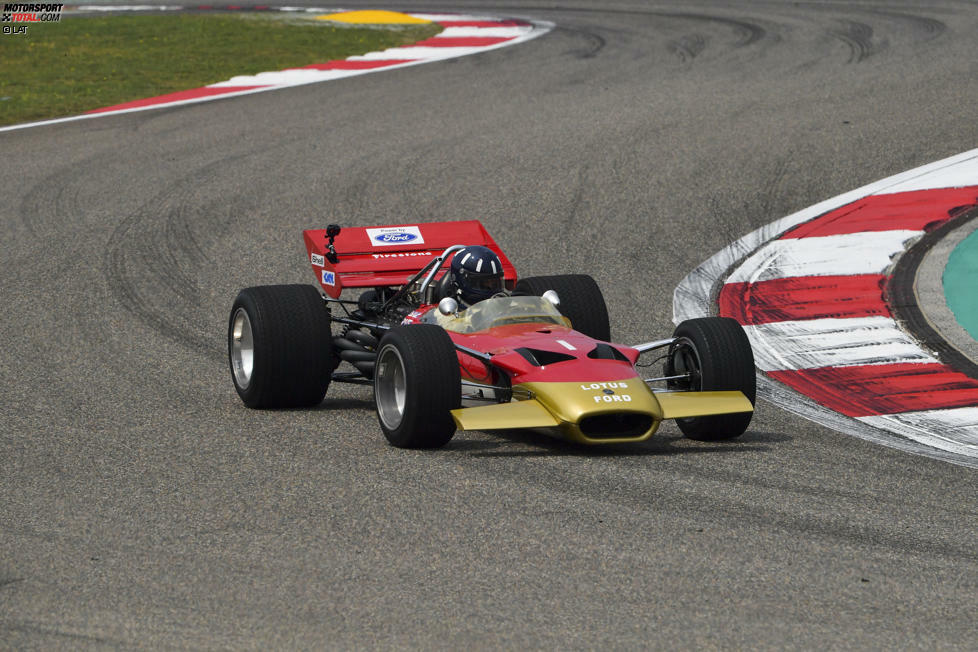Damon Hill drehte in Schanghai einige Runden im Lotus 49B.