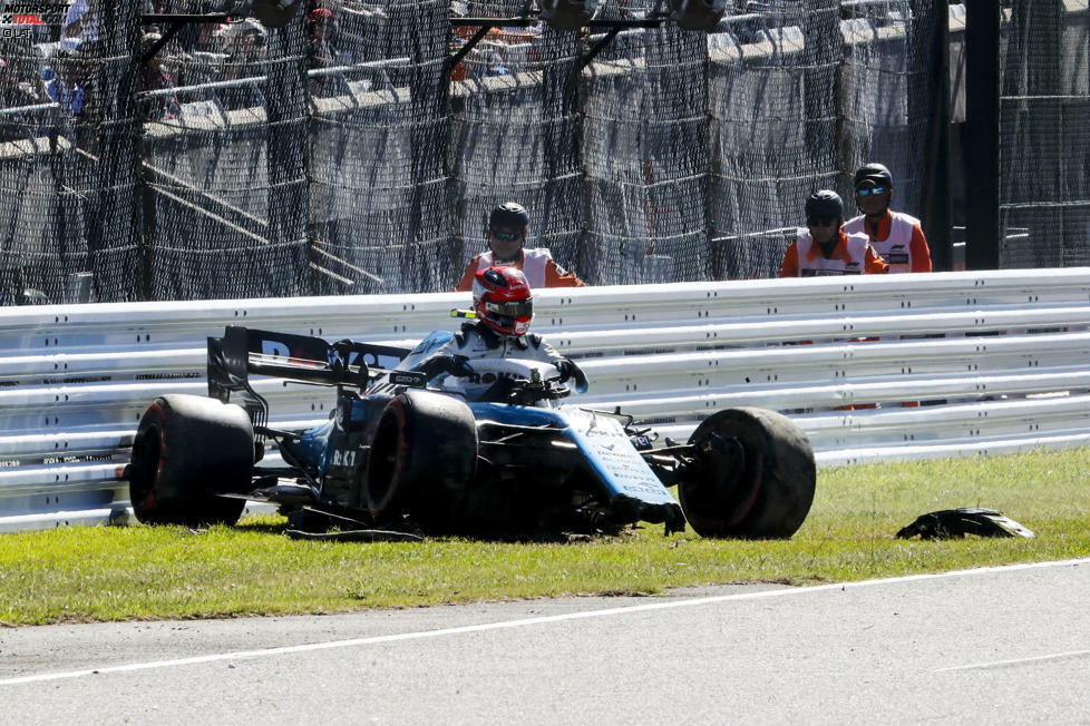 Robert Kubica (5): Der Pole und Williams - das passt nicht mehr. Der Unfall nach dem Streit um den Frontflügel, der notwendige Chassis-Wechsel und ein hoffnungsloses Rennen, bei dem er als einziger Fahrer zweimal überrundet wird. Kubica zählt schon die Sessions bis zu seinem Abgang.
