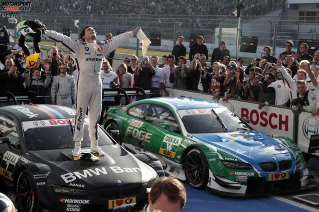 Mit Bruno Spengler verlässt einer der ganz Großen die DTM-Bühne - nach 195 Rennen, 16 Siegen, 51 Podestplätzen, 18 Pole-Positions und dem Meistertitel im BMW-Comebackjahr 2012. Wir lassen die Karriere des Publikumslieblings Revue passieren, der auch Toto Wolff den Einstieg ins Motorsportmanagement bescherte.