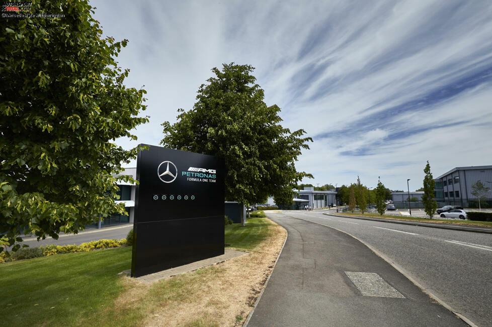 Das Coronavirus verändert die Formel 1. Bei Mercedes in Brackley gelten nun deutlich strengere Sicherheitsrichtlinien. Was sich seit der Sommerpause verändert hat ...