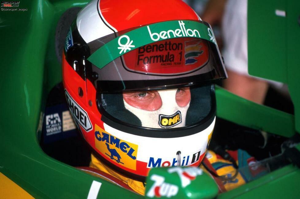 Rio de Janeiro am 26. März 1989: Herbert hat sich ins Leben zurückgekämpft und mit mehreren Operationen eine Beinamputation vermieden. Mehr noch: Er übernimmt planmäßig das Benetton-Cockpit in der Formel 1, wie vor dem Unfall besiegelt.