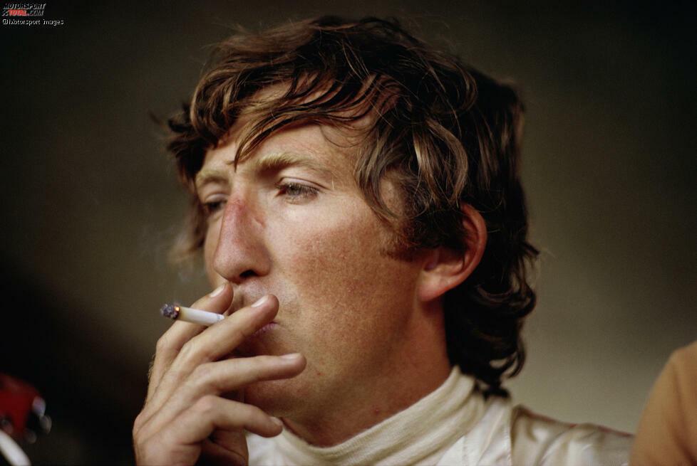 Mit Zigarette im Mund: So kannte man Jochen Rindt, der nicht umsonst den Beinamen