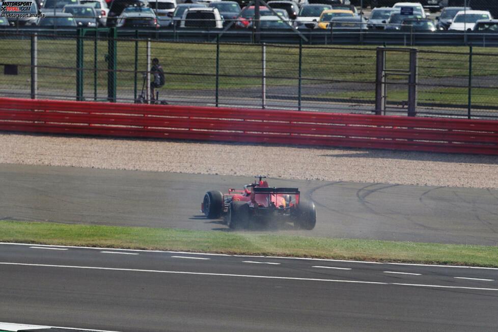 Sebastian Vettel (5): Das schlechte Abschneiden mag nicht nur seine Schuld sein, doch Teamchef Mattia Binotto hat recht, wenn er sagt, dass es vor allem der selbstverschuldete Dreher in der ersten Kurve war, der sein Rennen beeinträchtigt hat. Das Selbstvertrauen scheint dem viermaligen Weltmeister aktuell komplett zu fehlen.