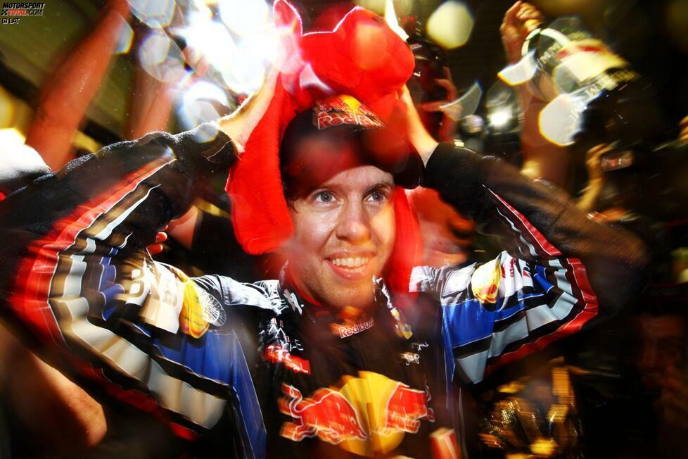 Jüngster Weltmeister (Sebastian Vettel - 23 Jahre, 4 Monate, 11 Tage): Für Max Verstappen ist 2020 das letzte Jahr, in dem er den Deutschen als jüngsten Weltmeister aller Zeiten ablösen kann. Theoretisch könnten das übrigens - rein dem Alter nach - auch Charles Leclerc, Lando Norris, Lance Stroll und George Russell.
