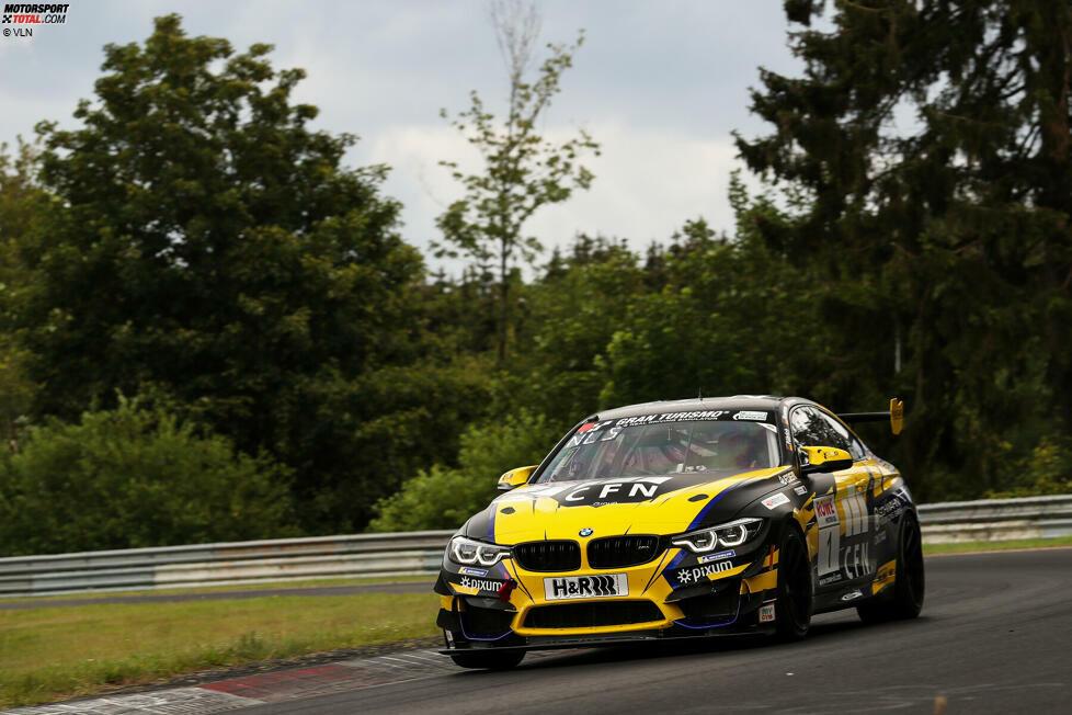 SP10: Yannick Fübrich/David Griessner/Florian Naumann (BMW M4 GT4, Adrenalin Motorsport) - 44,22 Punkte