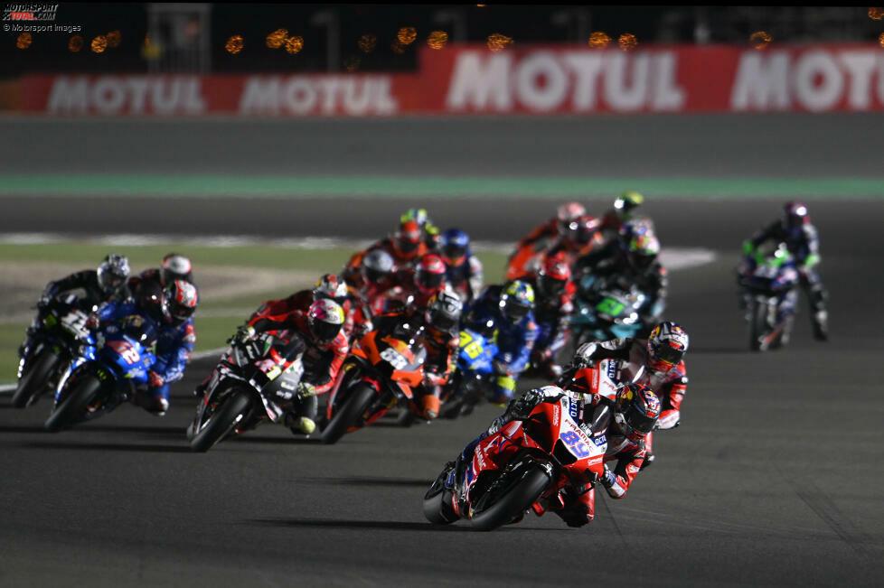 Die ersten 15 Fahrer erhalten in der Motorrad-Weltmeisterschaft WM-Punkte. Die zehn Rennen mit den engsten Abständen der Top 15 folgen in dieser Fotostrecke.
