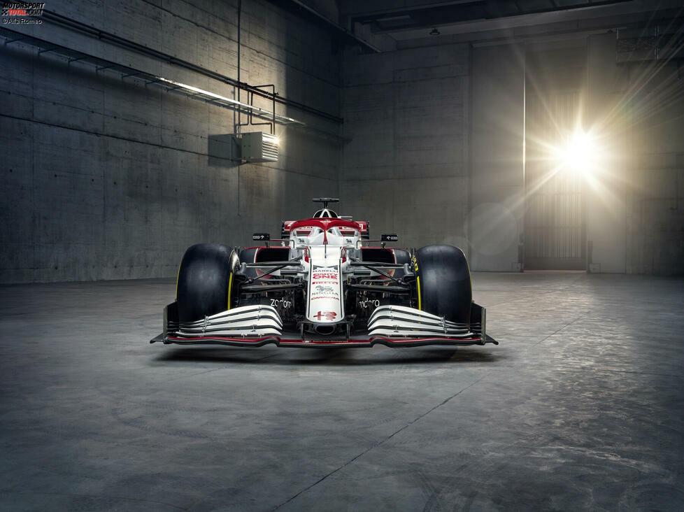 Der neue Alfa Romeo C41 ist da! Wir stellen den Neuwagen für Kimi Räikkönen und Antonio Giovinazzi mit den ersten Fotos vor!