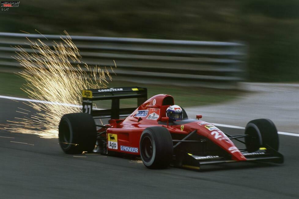 Alain Prost (Ferrari): Wohl eine der legendärsten Entlassungen der Formel-1-Geschichte. Ferrari setzt den damals dreimaligen Weltmeister am Ende der Saison 1991 ein Rennen vor Schluss vor die Tür. Zuvor hatte Prost den Ferrari 643 öffentlich mit einem LKW verglichen - zu viel für die Italiener. Das letzte Rennen fährt Gianni Morbidelli.