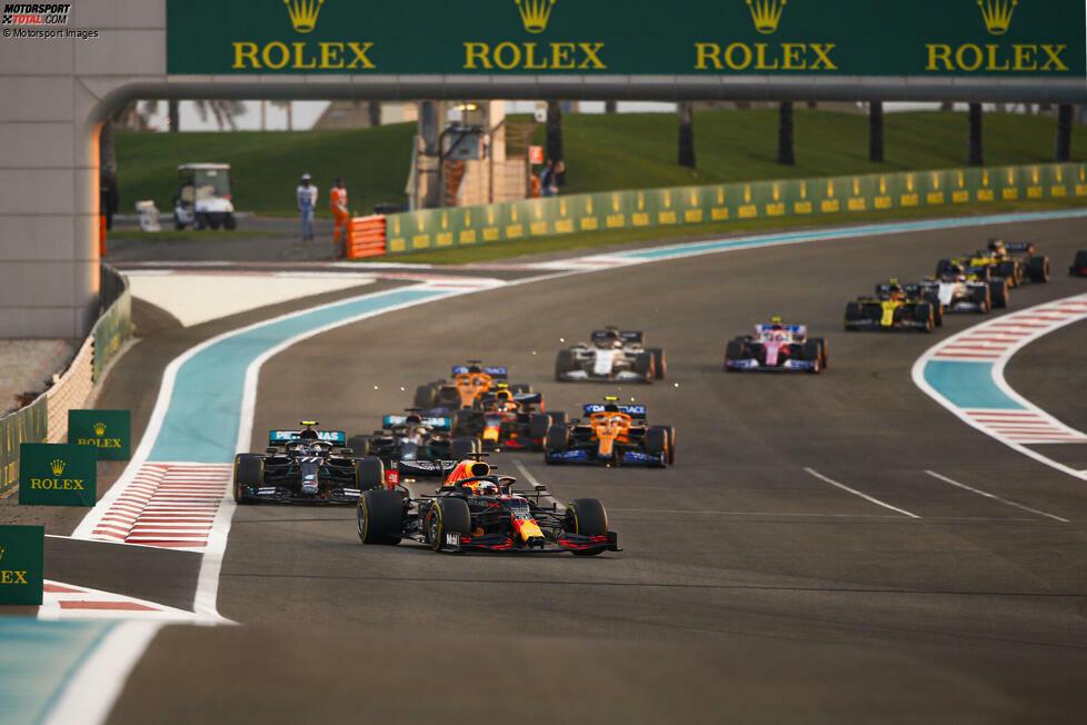 Auch wenn die Autos für 2021 größtenteils unverändert bleiben, so ändert sich in der anstehenden Formel-1-Saison doch so einiges. Von neuen Fahrern, einem neuen Wochenend-Format bis zu neuen finanziellen Regeln gibt es eine ganze Reihe von Anpassungen. Was für 2021 alles neu ist, erfährst du in dieser Fotostrecke!