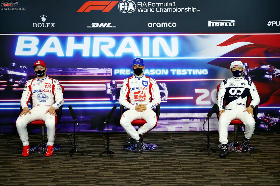 Mit Nikita Masepin, Mick Schumacher und Yuki Tsunoda haben in Bahrain drei Fahrer ihr Formel-1-Debüt gegeben - mit unterschiedlichem Erfolg. Mit seinem frühen Dreher hat Masepin für einen unerfreulichen Auftakt gesorgt. Von kurios war der Russe dabei aber noch ein Stück entfernt. Da hat es in der Geschichte ganz andere Beispiele gegeben.