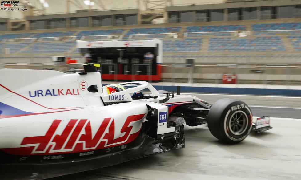 Die ersten Meter von Mick Schumacher in seinem Formel-1-Auto für die Saison 2021: Hier sind die schönsten Bilder des Deutschen im Haas-Ferrari VF-21 beim Wintertest in Bahrain!