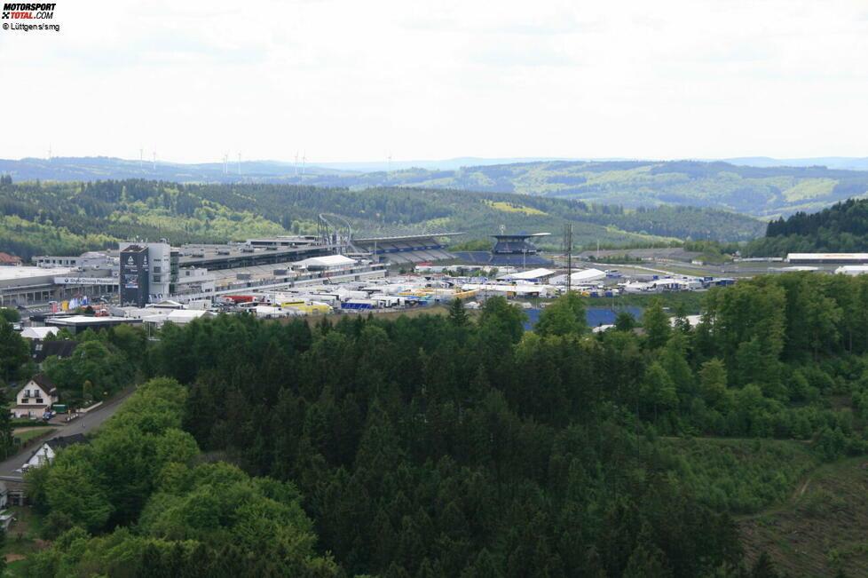 Der Nürburgring steht seit 2012 im Zentrum einer juristischen Auseinandersetzung. Bis heute ist nicht endgültig geklärt, wem die Strecke gehören darf. Es ist ein wirtschaftliches und politisches Desaster. Eine Übersicht, was passiert ist.