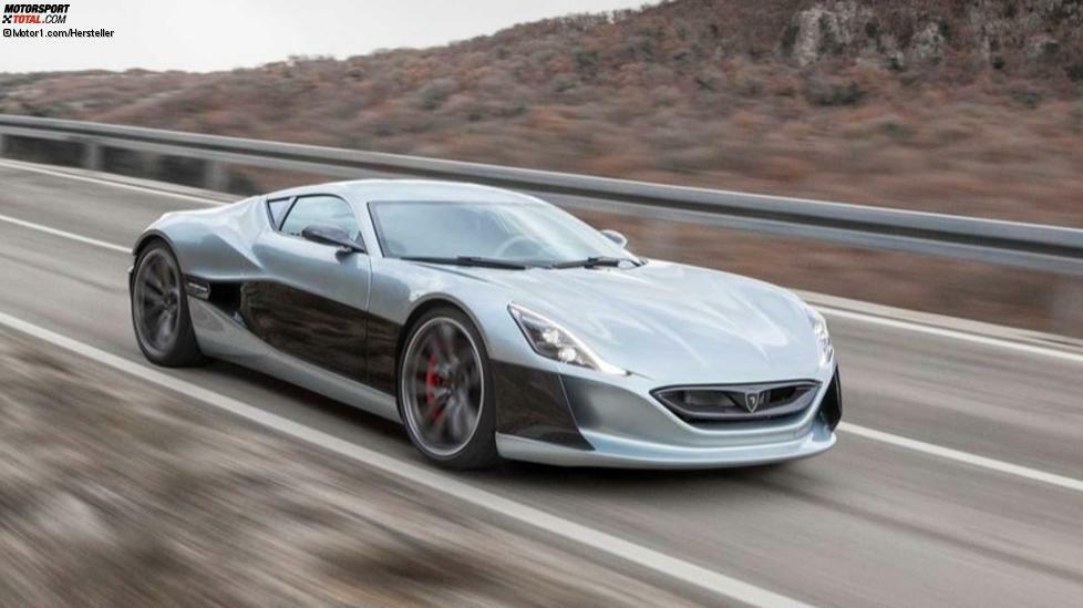 Rimac ist einer der ersten Hersteller, die in den Bresche vorgewagt haben. Schon 2011 präsentierte das kroatische Unternehmen den Concept_One, der fünf Jahre darauf, also im Jahr 2016 tatsächlich eingeführt wurde. Ein Dutzend Exemplare wurden produziert. Ausgestattet mit vier Elektromotoren mit bis zu 1.224 PS sprintet der Supersportler in 2,5 Sekunden auf Tempo 100 und erreicht eine Höchstgeschwindigkeit von 355 km/h. Das Concept_One gibt es auch in einer noch radikaleren Version namens Concept_S mit nicht weniger als 1.384 PS.