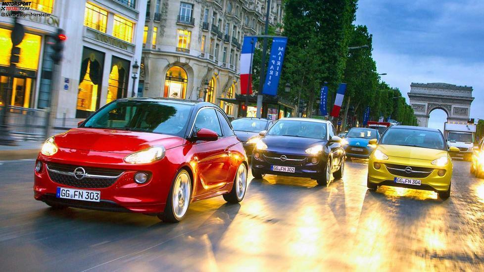 Auch die Tage des Opel Adam sind gezählt. Spätestens Ende 2019 wird seine Produktion eingestellt, dann ist er sechs Jahre auf dem Markt. Geplant ist, in Eisenach bereits im April 2019 die Produktion des Grandland X zu starten. Ab 2020 folgt mit dem Grandland X Plug-in-Hybrid eine zweite Variante. Prinzipiell unerfolgreich ist der Adam nicht: 2018 verbuchte Opel 22.297 Neuzulassungen in Deutschland, was 9,8 Prozent an der Gesamtzahl ausmachte. Allerdings ist die Herstellung des auf einer Corsa-D-Plattform basierenden Adam aufgrund der unzähligen Individualisierungsmöglichkeiten teuer. Im PSA-Konzern wird wohl eher DS die Nische des Adam besetzen.