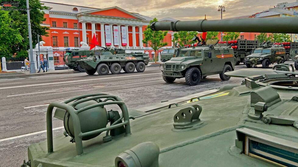 Russlands Siegesparade 2020: Putin fährt gewaltiges Geschütz auf ...