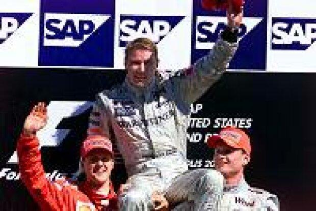 Mika Häkkinen gewann in Indianapolis vor Michael Schumacher und David Coulthard das Rennen