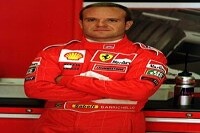 Ferrari-Pilot Rubens Barrichello in der Box