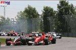 Juan-Pablo Montoya (McLaren-Mercedes), Michael Schumacher (Ferrari)