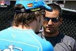 Fernando Alonso (Renault), Juan-Pablo Montoya (McLaren-Mercedes)