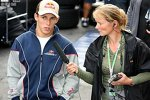 Christian Klien (Red Bull Racing) und 'F1Total.com'-Reporterin Inga Stracke