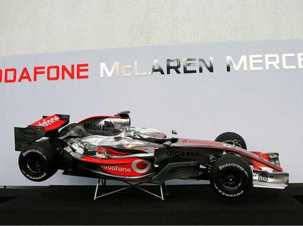 McLaren-Mercedes MP4-22