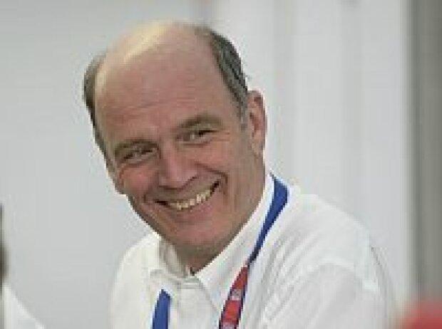 Dr. Wolfgang Ullrich
