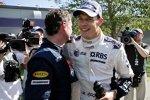 David Coulthard (Red Bull) entschuldigt sich nach dem Unfall bei Alexander Wurz (Williams)