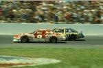 1987: Bill Elliott vs. Dale Earnhardt Sr., die Szene wurde bekannt unter dem Begriff