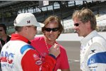 Al Unser Jr., Arie Luyendyk und Davey Hamilton (von links)