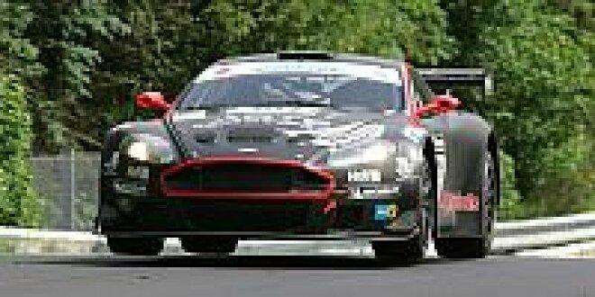 Aston Martin Von Phoenix Mit Vorläufiger Bestzeit