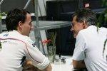 Robert Kubica und Mario Theissen (BMW Motorsport Direktor) (BMW Sauber F1 Team)
