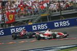 Jarno Trulli (Toyota) und Scott Speed (Toro Rosso)