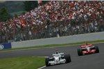 Nick Heidfeld (BMW Sauber F1 Team) und Fernando Alonso (McLaren-Mercedes)