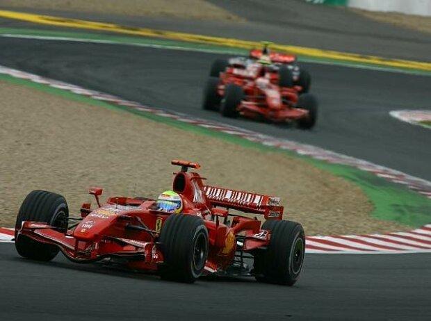 Felipe Massa vor Kimi Räikkönen und Lewis Hamilton