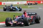 Vitantonio Liuzzi (Toro Rosso) vor Rubens Barrichello (Honda F1 Team)