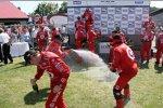 Nicht nur in der Formel 1 wird Champus versprüht