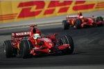 Felipe Massa und Kimi Räikkönen (Ferrari)