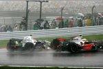 Lewis Hamilton Robert Kubica (McLaren-Mercedes) (BMW Sauber F1 Team)