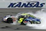 Kyle Busch gewinnt das Busch-Rennen von Kansas