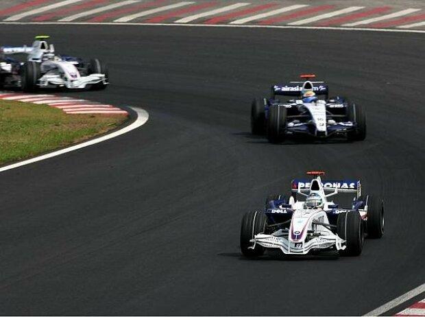 Nick Heidfeld vor Nico Rosberg und Robert Kubica