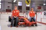 Kimi Räikkönen und Felipe Massa mit dem Ferrari F2008