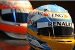 Die Helme von Fernando Alonso und Nelson Piquet Jr. (Renault)