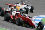 Daniel Campos Hull (HBR), Jules Bianchi () und Dani Clos (Prema)