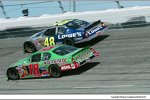 2004:  Jimmie Johnson Bobby Labonte und die Darlington-Stripes