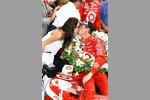 Kuss für Scott Dixon von Ehefrau Emma