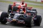 Sébastien Bourdais (Toro Rosso) und Kimi Räikkönen (Ferrari)
