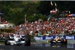 Robert Kubica (BMW Sauber F1 Team) vor Fernando Alonso (Renault)