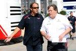 Gerhard Berger (Teamanteilseigner) (Toro Rosso) und Norbert Haug (Mercedes-Motorsportchef) (McLaren-Mercedes)
