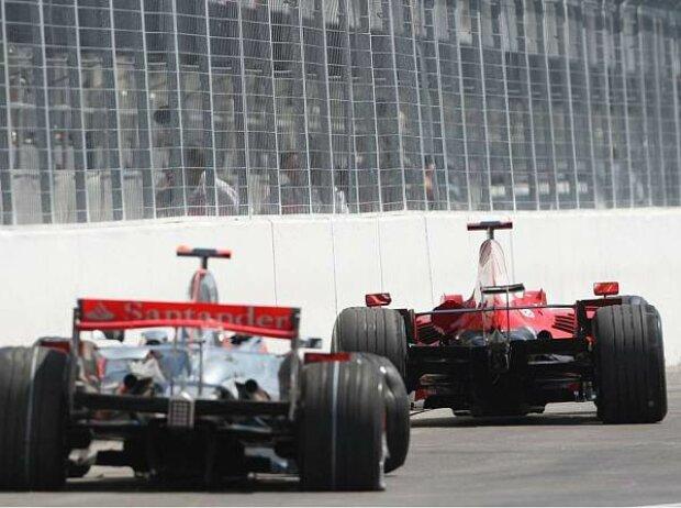 Lewis Hamiltons und Kimi Räikkönens Auto